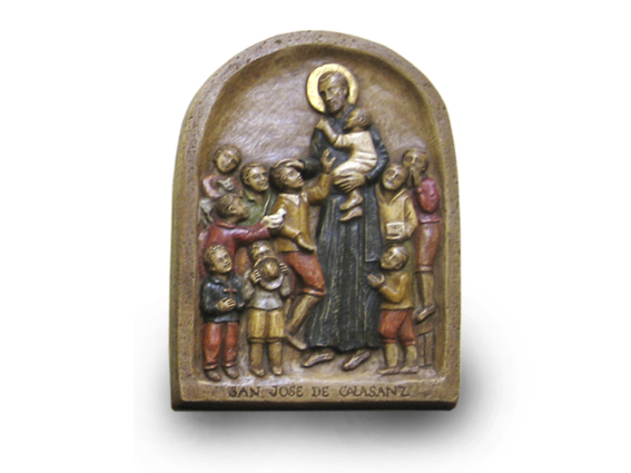 bajo relieve santo