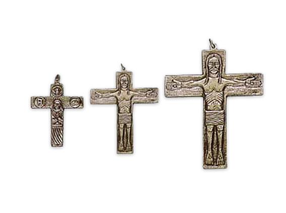 colgante cruz itinerante plata
